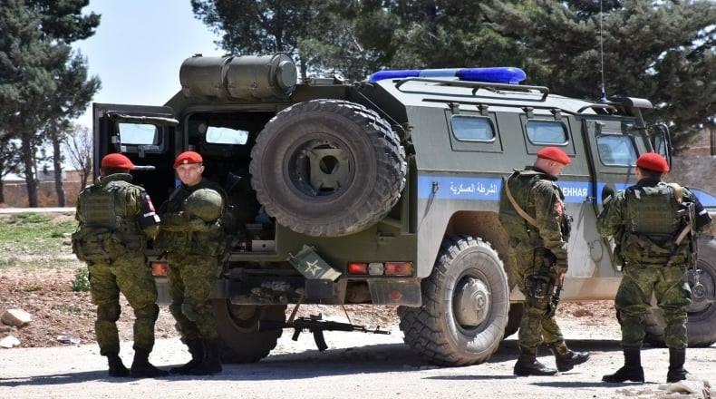 «الشرطة الروسية» تقتل عناصر من «الدفاع الوطني» في ديرالزور.. والسبب؟