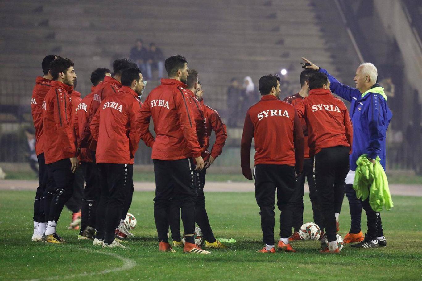 حمى الدولار والليرة تصيب انتقالات لاعبي القدم في سوريا