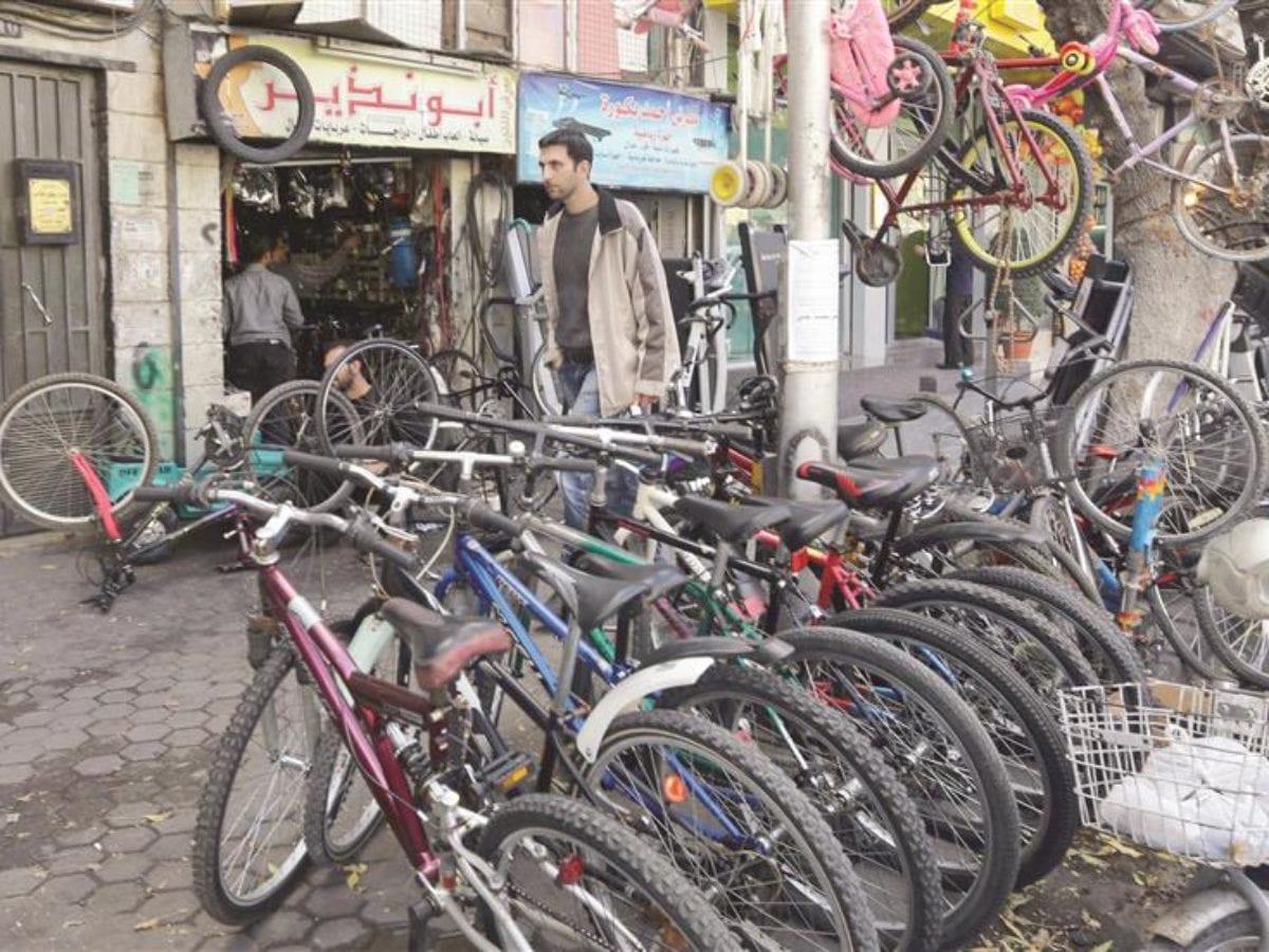 في سوريا... أزمة البنزين ترفع أسعار الدراجات الهوائية 25% ...