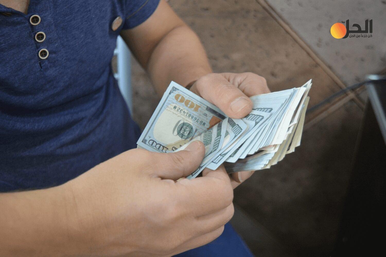 الليرة السورية تسجل تحسناً طفيفاً أمام الدولار