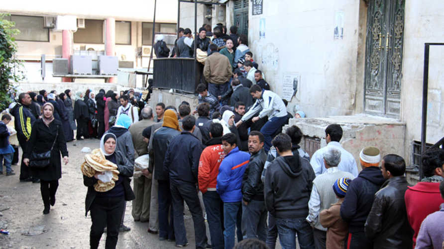 منحة الأسد مناورة لتخفيف الاحتقان… والسوريون: جحا جاب وجحا أخذ!