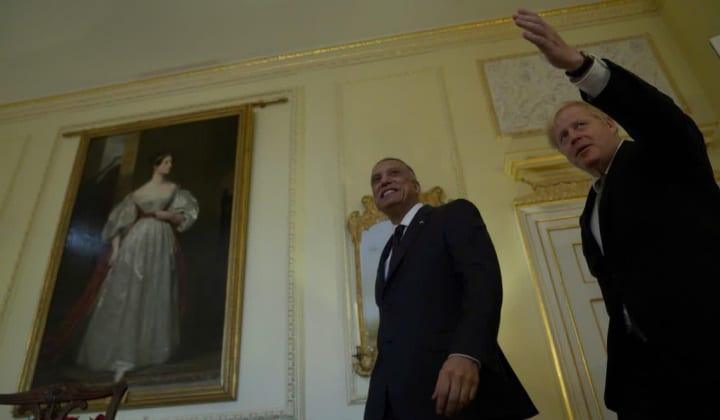 """""""الكاظمي"""" يلتقي """"الأمير تشارلز"""" و""""جونسون"""" في لندَن، ويُؤكّد: سنُجري انتخابات مُبَكّرَة ونَزيهَة"""