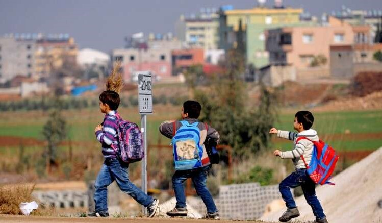 65 بالمئة من أطفال سوريا لم يتناولوا حبة فاكهة منذ ٣ أشهر!