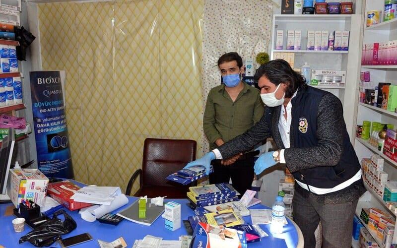 الشرطة التركية تعتقل 6 أطباء سوريين بتهمة مزاولة أعمال غير مرخصة
