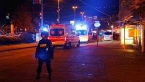 """وسام """"الشجاعة"""" للاجئ فلسطيني أنقذ شرطياً ليلة اعتداء """"فيينا"""""""