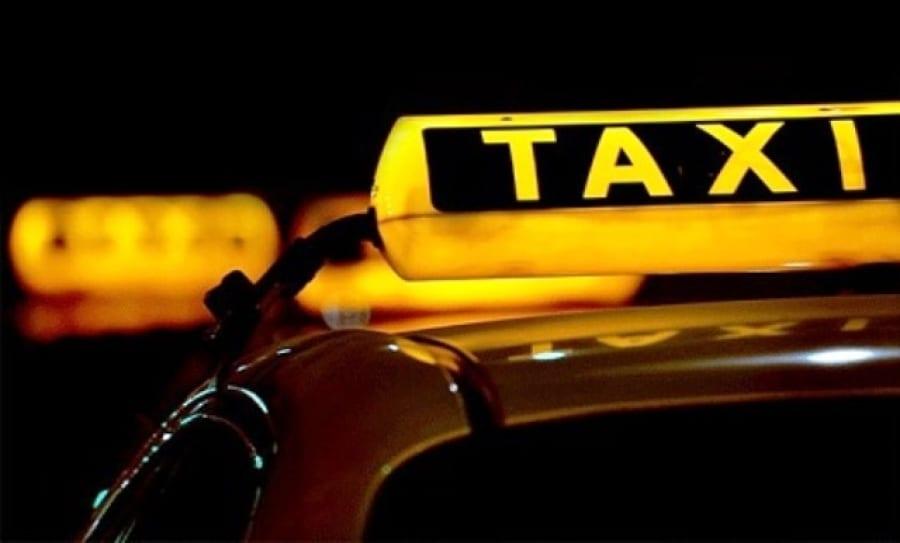 رفع أجور ركوب التكسي في دمشق بنسبة 55 بالمئة